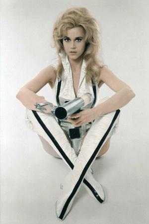 https://imgc.allpostersimages.com/img/posters/barbarella-1967-directed-by-roger-vadim-jane-fonda-photo_u-L-Q1C38VT0.jpg?artPerspective=n