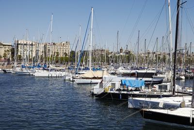 https://imgc.allpostersimages.com/img/posters/barcelona-marina-barcelona-catalonia-spain_u-L-PWFL4J0.jpg?p=0