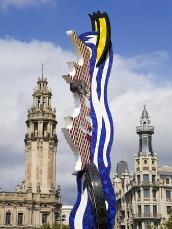 https://imgc.allpostersimages.com/img/posters/barcelona-s-head-sculpture-by-roy-lichtenstein-in-port-vell-barcelona-catalonia-spain-europe_u-L-PFNQ1L0.jpg?p=0