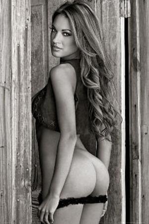 Barn Door Babe