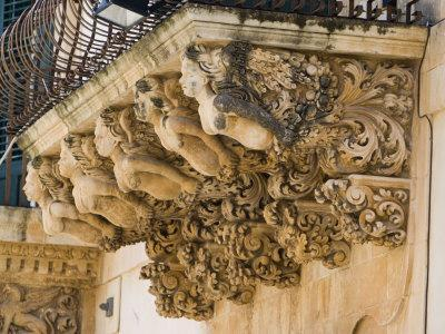 https://imgc.allpostersimages.com/img/posters/baroque-balcony-palazzo-nicolaci-noto-sicily-italy-europe_u-L-P7J59S0.jpg?p=0