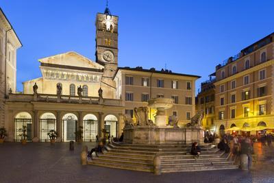 https://imgc.allpostersimages.com/img/posters/baroque-fountain-and-santa-maria-in-trastevere-at-night_u-L-PWFJO30.jpg?p=0