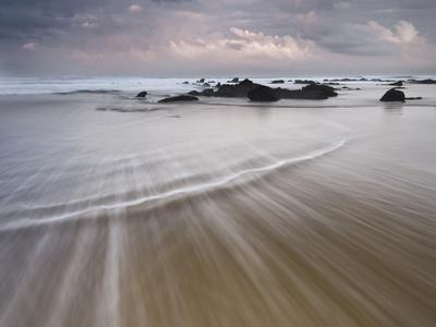 https://imgc.allpostersimages.com/img/posters/barrika-sandy-beach-rock-sea-bay-of-biscay-the-basque-provinces-spain_u-L-Q11YTA70.jpg?p=0