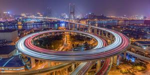 The Nanpu Bridge by Barry Chen