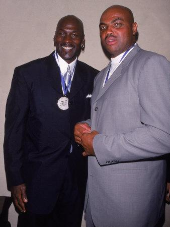 https://imgc.allpostersimages.com/img/posters/basketball-players-michael-jordan-and-charles-barkley-at-great-sports-legend-dinner_u-L-P76D8E0.jpg?p=0