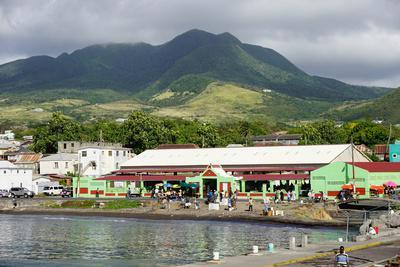 https://imgc.allpostersimages.com/img/posters/basseterre-st-kitts-st-kitts-and-nevis_u-L-PWFL570.jpg?artPerspective=n