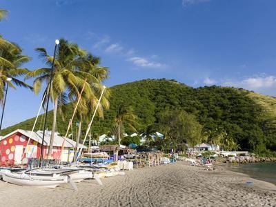 https://imgc.allpostersimages.com/img/posters/beach-bars-at-frigate-bay-southside-st-kitts-caribbean_u-L-P245QG0.jpg?p=0