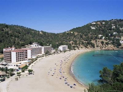 https://imgc.allpostersimages.com/img/posters/beach-cala-de-sant-vicent-ibiza-balearic-islands-spain-mediterranean_u-L-P1JQSH0.jpg?p=0