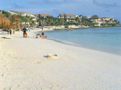 https://imgc.allpostersimages.com/img/posters/beach-near-las-perlas-cancun-quintana-roo-yucatan-mexico-north-america_u-L-P1TBMX0.jpg?p=0