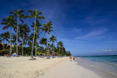 https://imgc.allpostersimages.com/img/posters/beach-of-bavaro-punta-cana-dominican-republic-west-indies-caribbean-central-america_u-L-PQ8SHB0.jpg?p=0