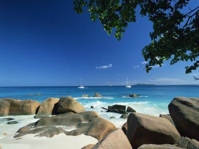 https://imgc.allpostersimages.com/img/posters/beach-scene-anse-lazio-praslin-seychelles-indian-ocean-africa_u-L-PXUJWL0.jpg?p=0