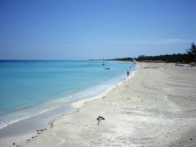 https://imgc.allpostersimages.com/img/posters/beach-scene-varadero-cuba-west-indies-central-america_u-L-P91KMN0.jpg?p=0