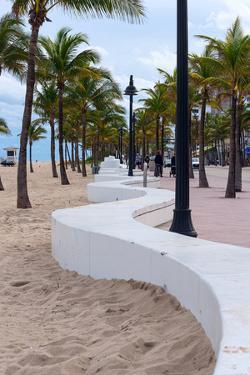 Beach wall in Fort Lauderdale, Broward County, Florida, USA