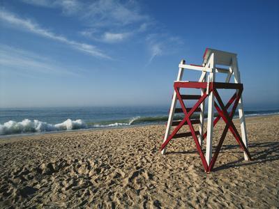 https://imgc.allpostersimages.com/img/posters/beachfront-charleston-beach-rhode-island-usa_u-L-PN6MTJ0.jpg?p=0
