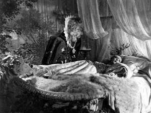 Beauty and the Beast, (aka 'Belle et la Bête, La'), Jean Marais, Josette Day, 1946