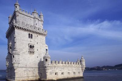 https://imgc.allpostersimages.com/img/posters/belem-tower-or-tower-of-st-vincent_u-L-PPQFLB0.jpg?p=0
