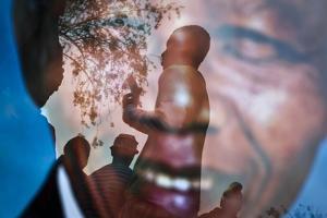 Nelson Mandela by Ben Curtis