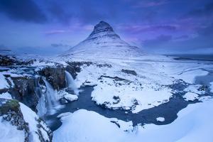 Kirkjufell Mountain by Ben Hall