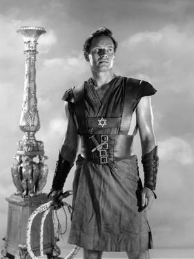 BEN-HUR, 1959 directed by WILLIAM WYLER Charlton Heston (b/w photo)
