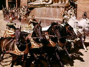 BEN-HUR, 1959 directed by WILLIAM WYLER Stephen Boyd and Charlton Heston (photo)