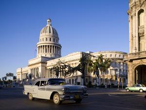 Capitolio, Central Havana, Cuba, West Indies, Central America by Ben Pipe