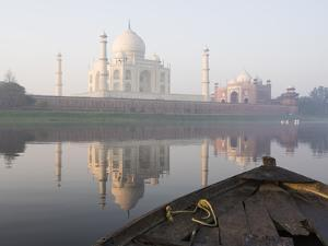 Dawn on the Taj Mahal from Yamuna River, UNESCO World Heritage Site, Agra, Uttar Pradesh, India by Ben Pipe
