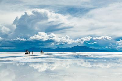 Exploring the Salar De Uyuni with Spectacular Reflections by Benedikt Juerges
