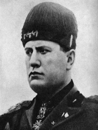 https://imgc.allpostersimages.com/img/posters/benito-mussolini-1883-194-italian-fascist-dictator-1922_u-L-PTTNW20.jpg?p=0