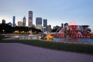 Buckingham Fountain in Chicago by benkrut