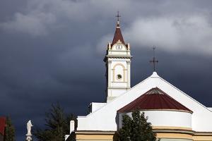 Church in Punta Arenas by benkrut