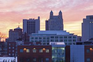 Sunset in Kansas City by benkrut