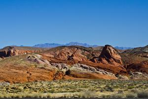 USA, Nevada, Valley of Fire State Park. Mouse Tank Road looking north by Bernard Friel
