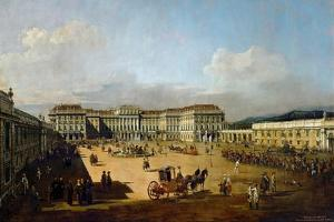 Schönbrunn Palace Viewed from the Front Side, Between 1758 and 1761 by Bernardo Bellotto