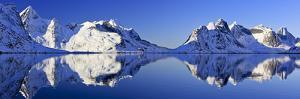 Norway, Lofoten, Moskenesoya Pure Mountains by Bernd Rommelt