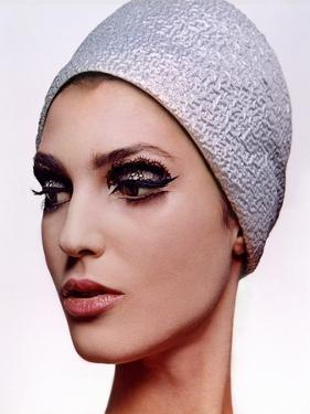 Vogue - December 1964 by Bert Stern