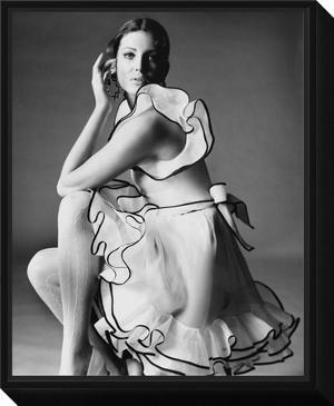 Vogue - June 1968 by Bert Stern