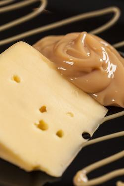 Dulce De Leche With Cheese by Beto Chagas