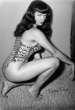 Bettie Page Vixen Pin-Up