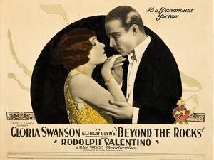 BEYOND THE ROCKS, l-r: Gloria Swanson, Rudolph Valentino on lobbycard, 1922.