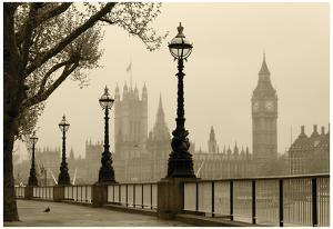 Big Ben And Houses Of Parliament, London In Fog