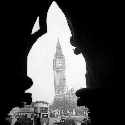 https://imgc.allpostersimages.com/img/posters/big-ben-and-the-houses-of-parliament-in-1963_u-L-P5F59V0.jpg?p=0