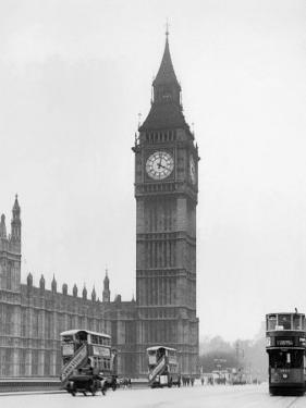 Big Ben and Westminister Bridge circa 1930