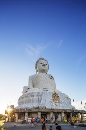 https://imgc.allpostersimages.com/img/posters/big-buddha-statue-phuket-thailand-southeast-asia-asia_u-L-Q12SBRX0.jpg?p=0