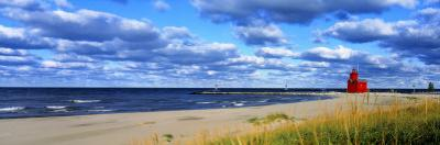 Big Red Lighthouse, Holland, Michigan, USA