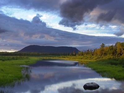 https://imgc.allpostersimages.com/img/posters/big-spencer-mountain-looms-on-the-horizon-at-sunset-near-greenville-maine_u-L-Q10ON8K0.jpg?artPerspective=n