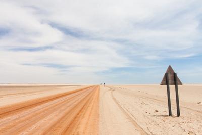Red Desert Road by biglight
