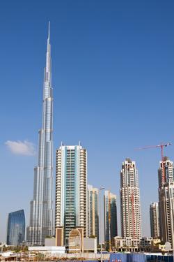 Burj Khalifa, Dubai, United Arab Emirates. by Bill Bachmann