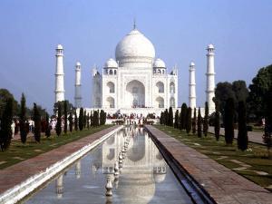 The Taj Mahal, Agra, India by Bill Bachmann