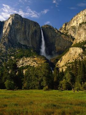 Yosemite Falls by Bill Ross