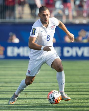 Soccer: Gold Cup-Third Place Match-Usa at Panama by Bill Streicher